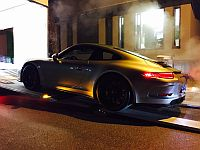 Porsche 991R being loaded for export