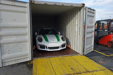 Porsche 991R safly packed for export and the journey to Qatar